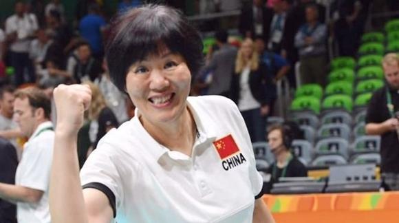 重掌教鞭!郎平回归中国女排主教练率队出征国家联赛