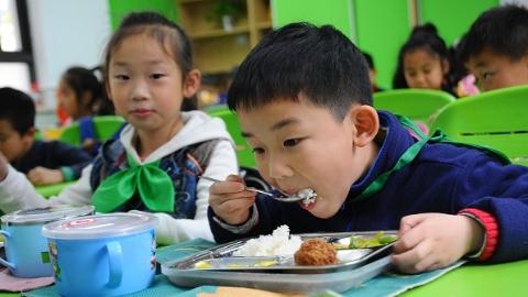 餐桌隐藏大道理 食育课堂大有可为