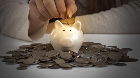 挖财5月投资建议:股债均衡配置