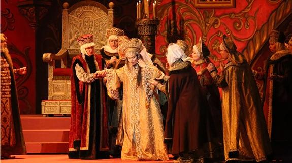 顶级剧院轮番带来顶级剧目,世界名团青睐上海