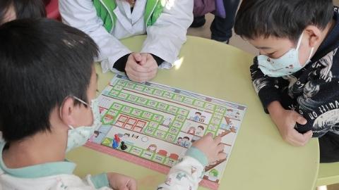 全国首支儿童护理医疗游戏辅导员队今天在沪诞生