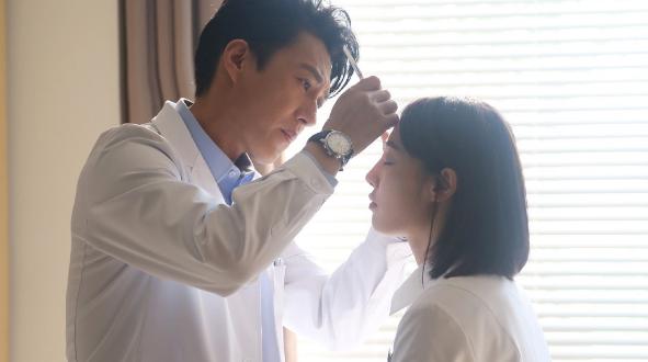 《外科风云》今在电视剧频道开播  靳东、白百何组成高智商CP
