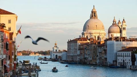 为保护环境  威尼斯3年内禁止新开快餐店