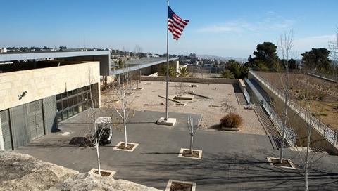 美国驻以色列新使馆今开馆 巴以和平又添波折