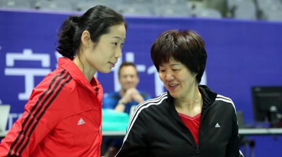 中国女排联赛北仑站14人名单公布!朱婷落选