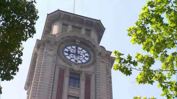 纪录片《钟声再起》,述说南京路上老钟楼的历史变迁