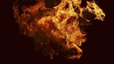 静安一小区起火 一男租客不幸身亡