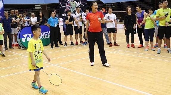 五星运动汇·挑战王仪涵——上海市民羽毛球挑战赛开打