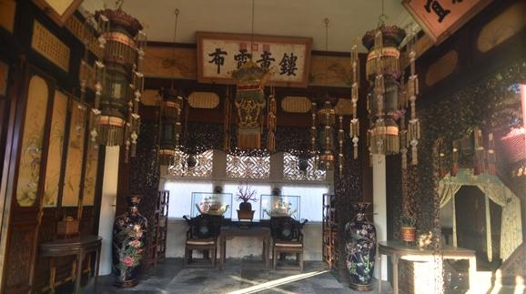 故宫博物院储秀宫照明系统启动,隔着玻璃也能看清展陈啦!