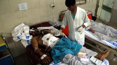 阿富汗体育场爆炸造成至少8死45伤