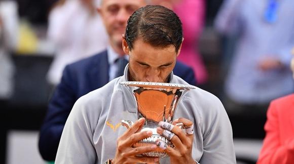 """得老天""""神助攻""""!纳达尔夺罗马大师赛冠军重返世界第一"""