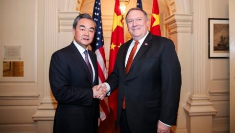 王毅:中国在南海建防卫设施正当合法