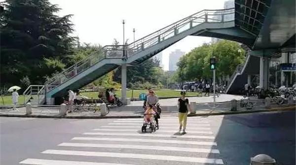 凯旋路延安西路路口有新变化,出行更便捷!