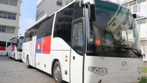 """中国向柬埔寨援助20辆医疗车  """"流动诊所""""为偏远地区送健康"""