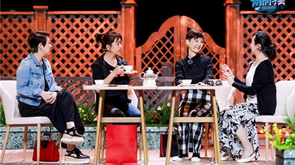"""《青春同学会》明天公演,看中戏87级和上戏04级的两代""""芳华"""""""