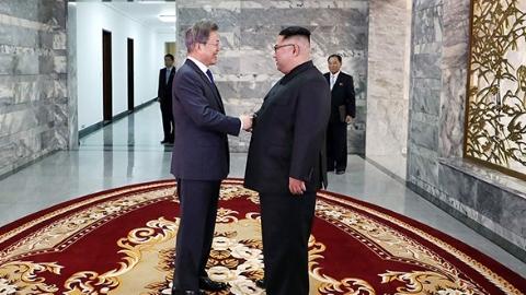 朝美领导人新加坡会晤又有戏了:金正恩表明坚定意志, 特朗普表态仍希望会面
