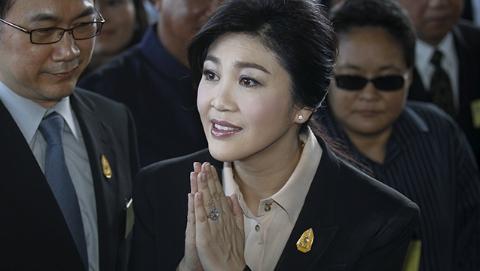 英拉获英国十年签 泰国政府称不知情