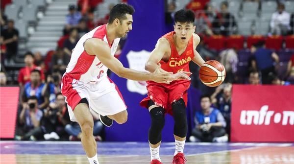 老将缺阵,小鬼当家!中国男篮青春风暴掀翻伊朗