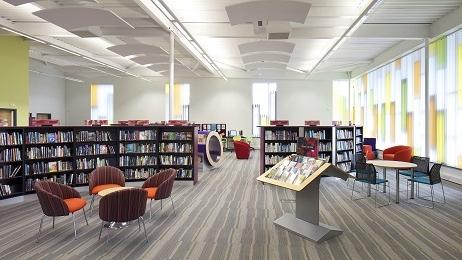 """陆家嘴共享图书馆汇聚爱心 首个入藏公益项目""""高原书屋""""启动"""