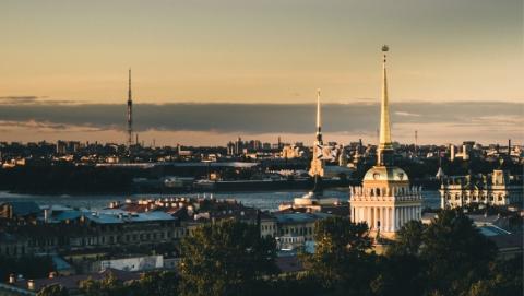 """圣彼得堡街道""""大整治"""" 向路边咖啡馆说再见"""