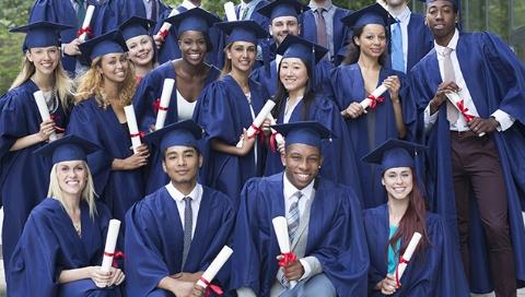 """防止给学位证书造假者提供便利 英国向""""秀""""毕业证说不"""