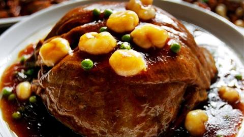 今日焦点|上海菜被边缘化了?沪上专家、大厨不服:上海味道道不尽舌尖乡愁