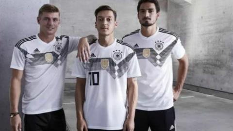 世界杯连锁效应 德国球衣滞销?!