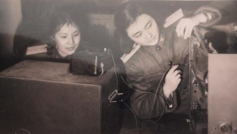 """敌机难逃""""千里眼"""" 68年前上海名校学霸撑起中国首支雷达队"""