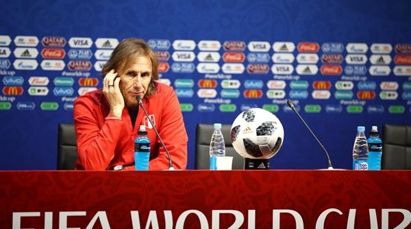 阿根廷教练们的世界杯打工记:船长都去当水手了!