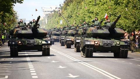 波兰欲出高价请美军久驻