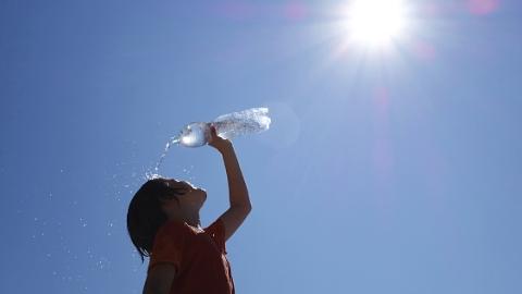 丹丹看天气 | 下周闷热来袭 申城最高气温将升至34℃上下