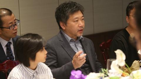 """专访《小偷家族》导演是枝裕和:想做""""家的故事""""专业户"""