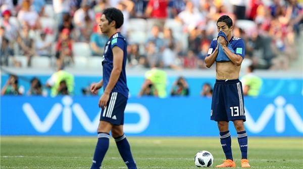 为何情愿倒脚输球?浅析日本队从盲目自信到听天由命的心路历程