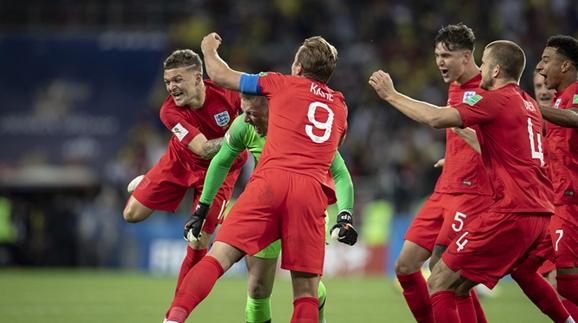 一代新王换旧王,世界杯八强大战一触即发