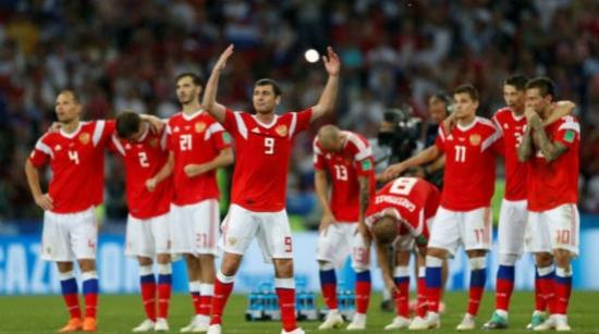 俄罗斯队点球大战惜败克罗地亚 含着泪告别 昂着头再见