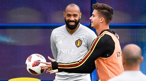 备战中的法国队:一定会让亨利后悔自己选错了球队!