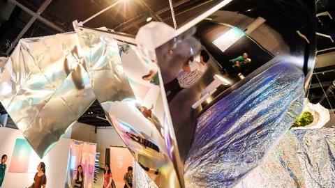 3D打印墙、章鱼贴纸……这个展览带给你不一样的感官体验