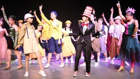 上海28名中学生还原百老汇经典音乐剧 演出收入捐建山区图书馆