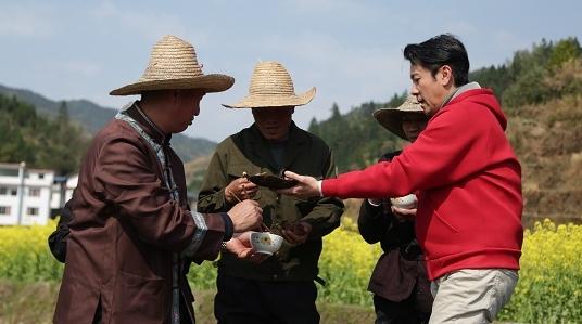 蔡国庆:公益为我们演员恢复名誉