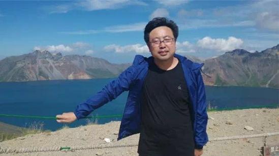 """十年积淀一部《唇典》,专访第七届""""红楼梦奖""""首奖获得者刘庆"""