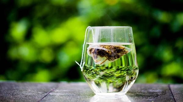 泡一杯茶,在岁月里等你