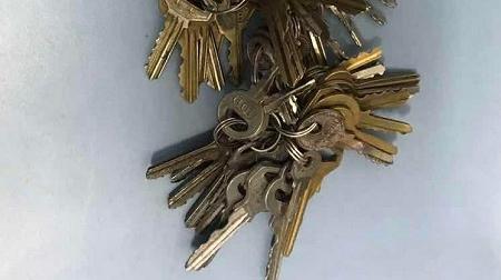 身上常备数十把钥匙  开锁盗窃多次得手