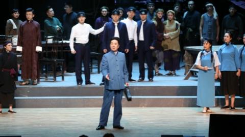 上音原创歌剧献演湖南邵阳 《贺绿汀》回故乡见乡亲
