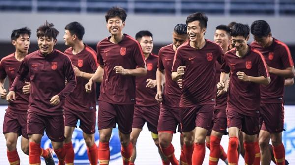"""又悬了?亚运会男足重新分组抽签,中国队仍在""""死亡之组"""""""
