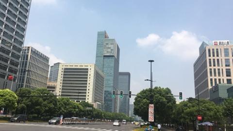 """让浦东面貌更加""""高大上""""!2018新区首个电力架空线入地工程今竣工"""