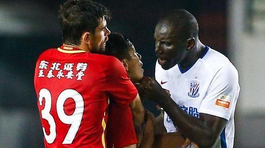 登巴巴被伤了心,申花将就亚泰队员涉嫌种族歧视上诉足协