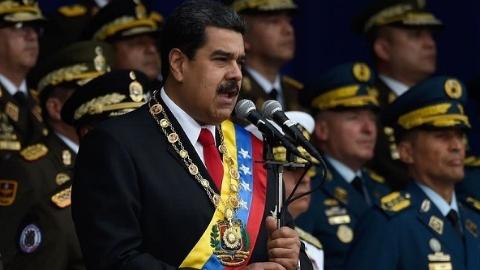 委内瑞拉总统马杜罗出席活动时遭炸弹袭击