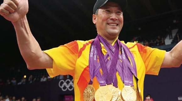 奥运会上拿两金主教练要下课的!中国羽毛球队世锦赛两金背后的尴尬