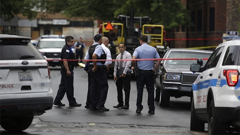 芝加哥一天内发生多起枪击案 44人中枪5人死亡