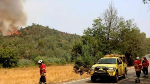 葡萄牙南部火情加剧,旅游胜地面临威胁